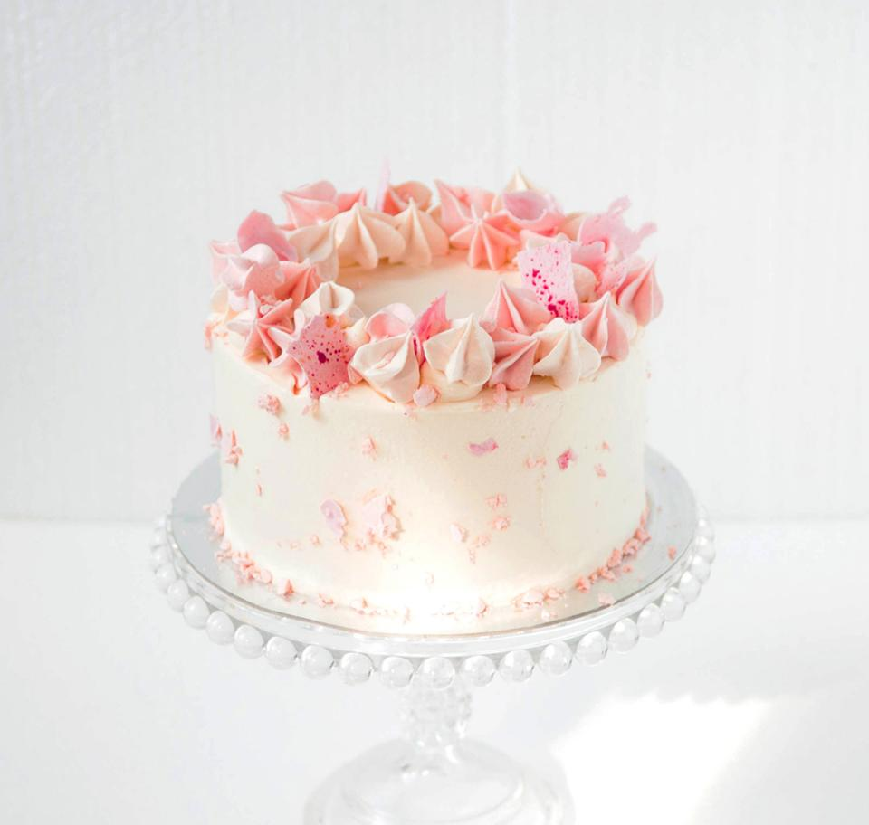 Prime Cakes Gallery London Cakes Bakes Funny Birthday Cards Online Hendilapandamsfinfo