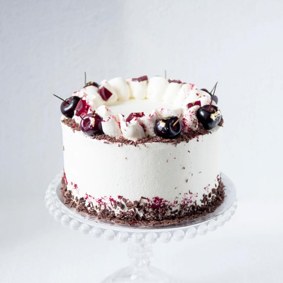 """8"""" Black Forest gateau buy online £65.00 home delivery London"""