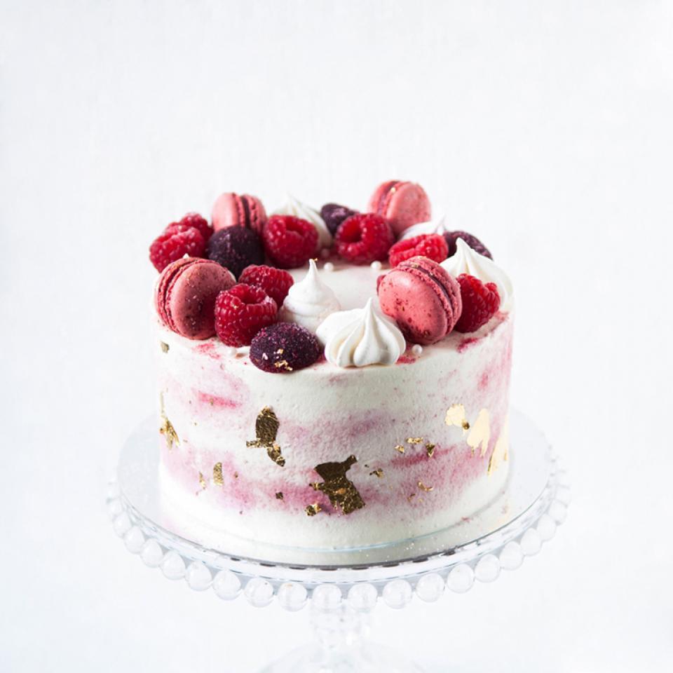 """Birthday 6"""" Red velvet cake £45.00 buy online delivered home in London"""