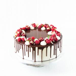"6"" Flourless chocolate raspberry cake buy online £45.00 London delivery"